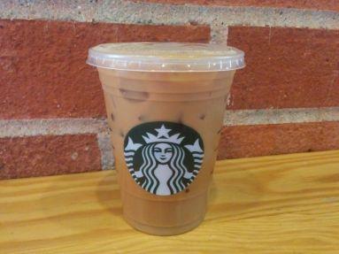 starbucks-vanilla-sweet-cream-cold-brew-coffee